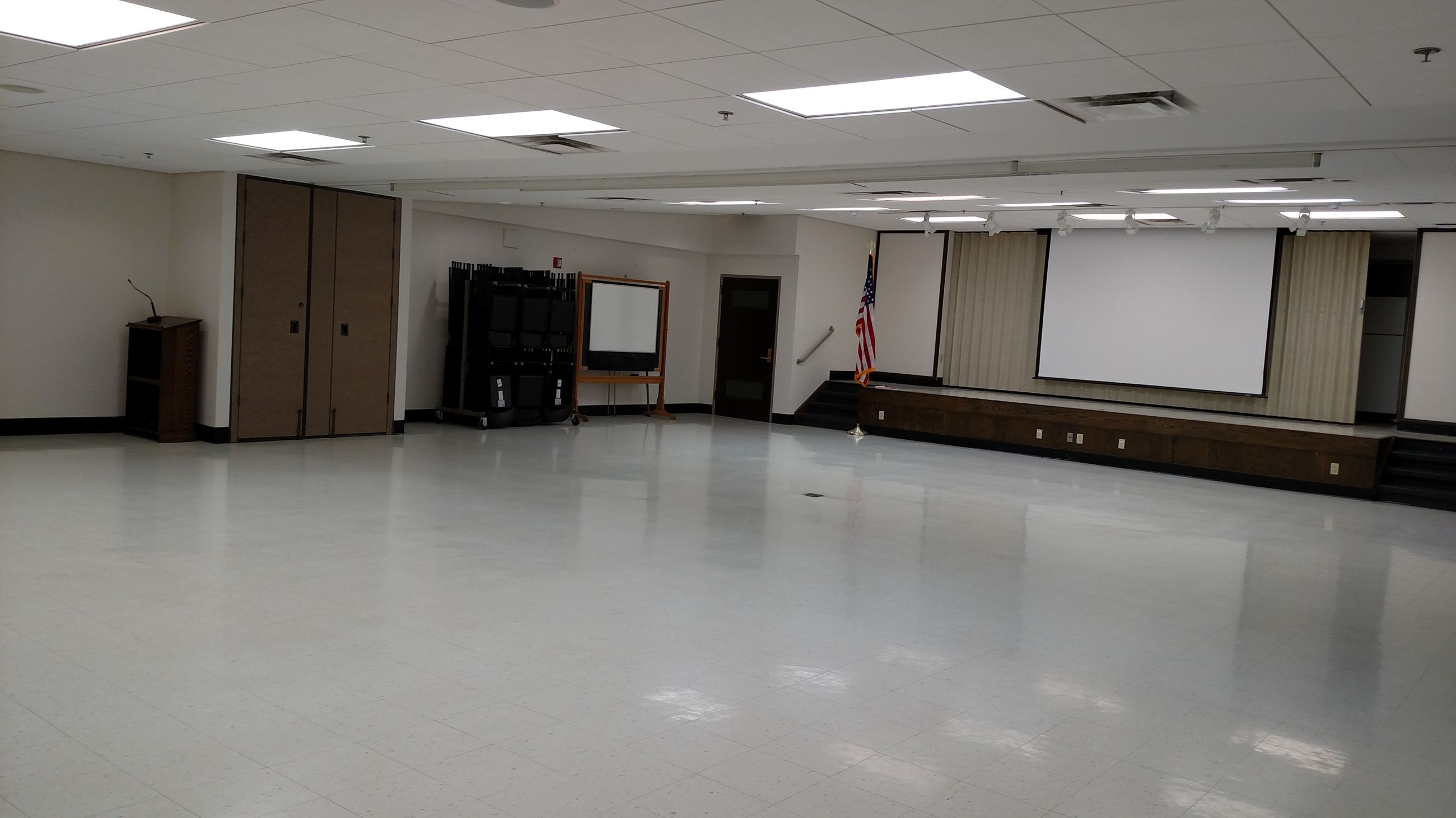 A picture of Yates County's auditorium, located in the basement level of the Office Building